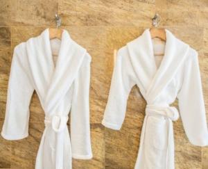hospitality bathrobe